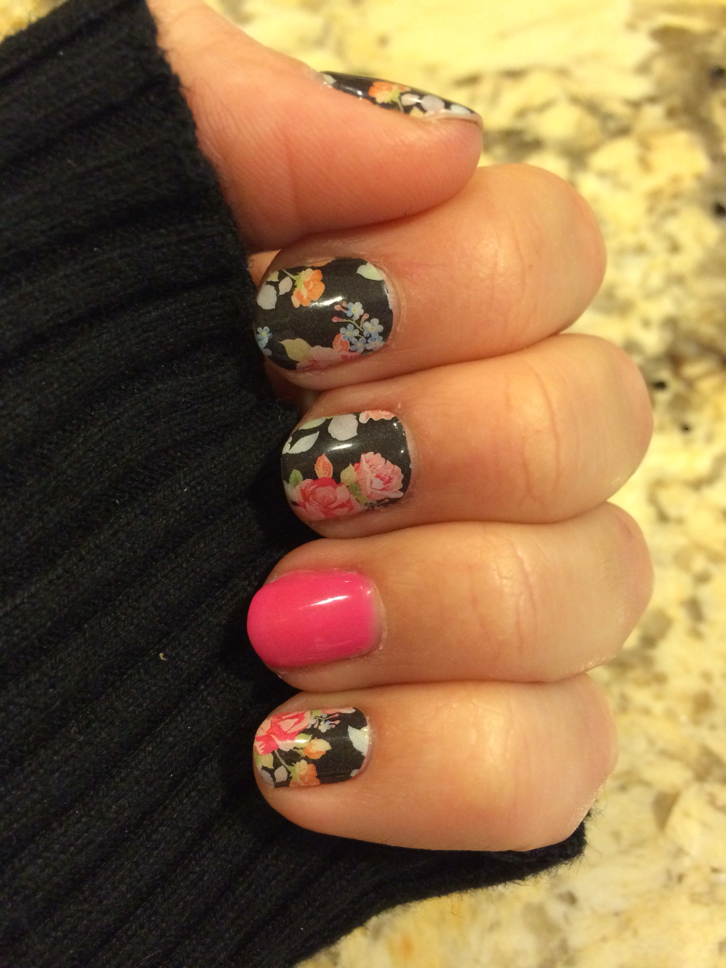 Jamberry and Acrylic nails. – mommynailedit